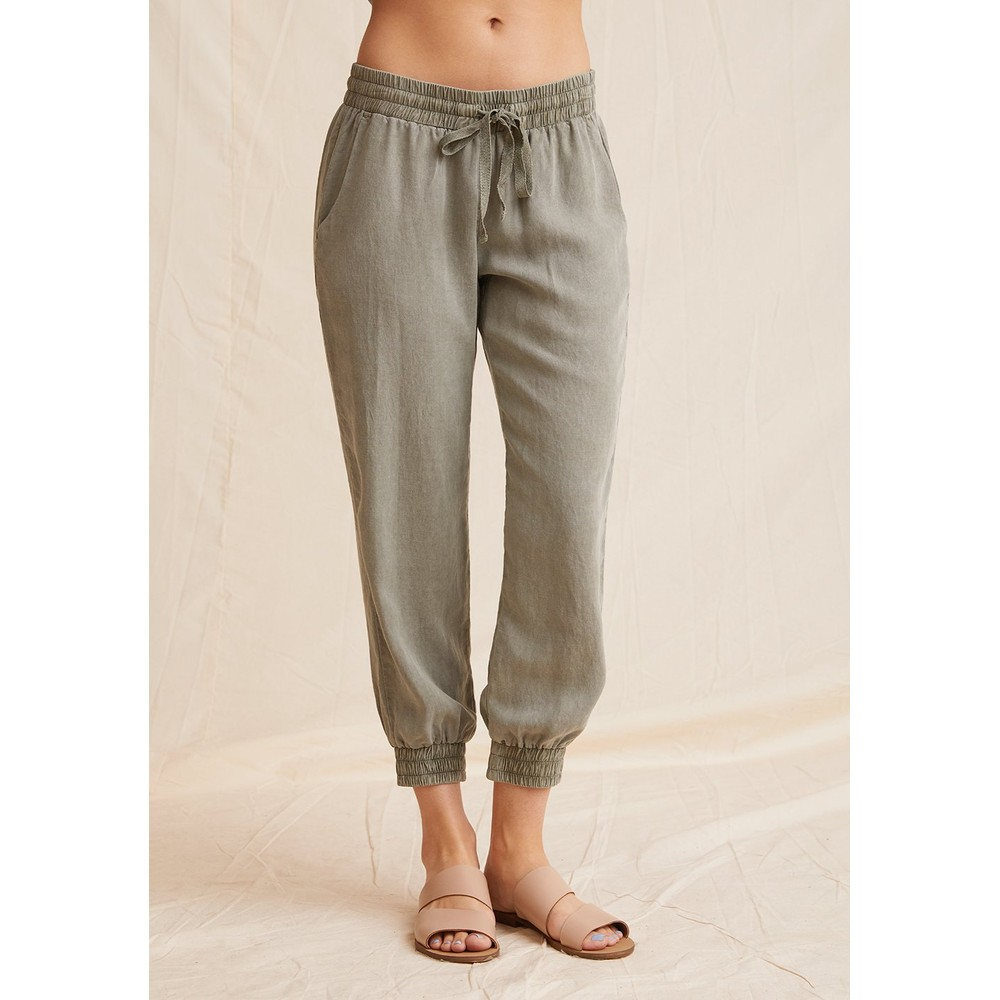 Bella Dahl Easy Jogger in Soft Army KHAKI