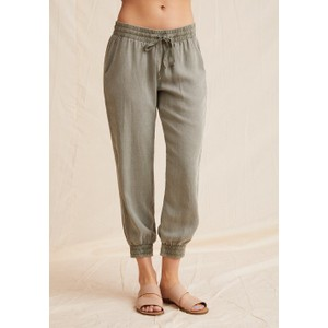 Bella Dahl Easy Jogger in Soft Army