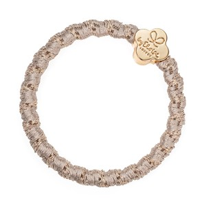 By Eloise Woven Gold Quatrefoil Hair Band in Blonde