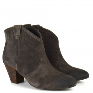Ash Jalouse Boot in Woodash