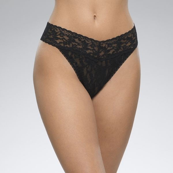 Hanky Panky Signature Lace Original Rise Thong in Black Black