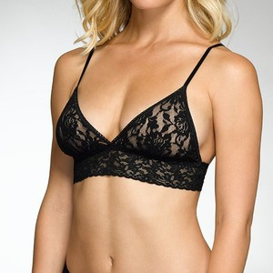 Hanky Panky Signature Lace Padded Triangle Bralette in Black