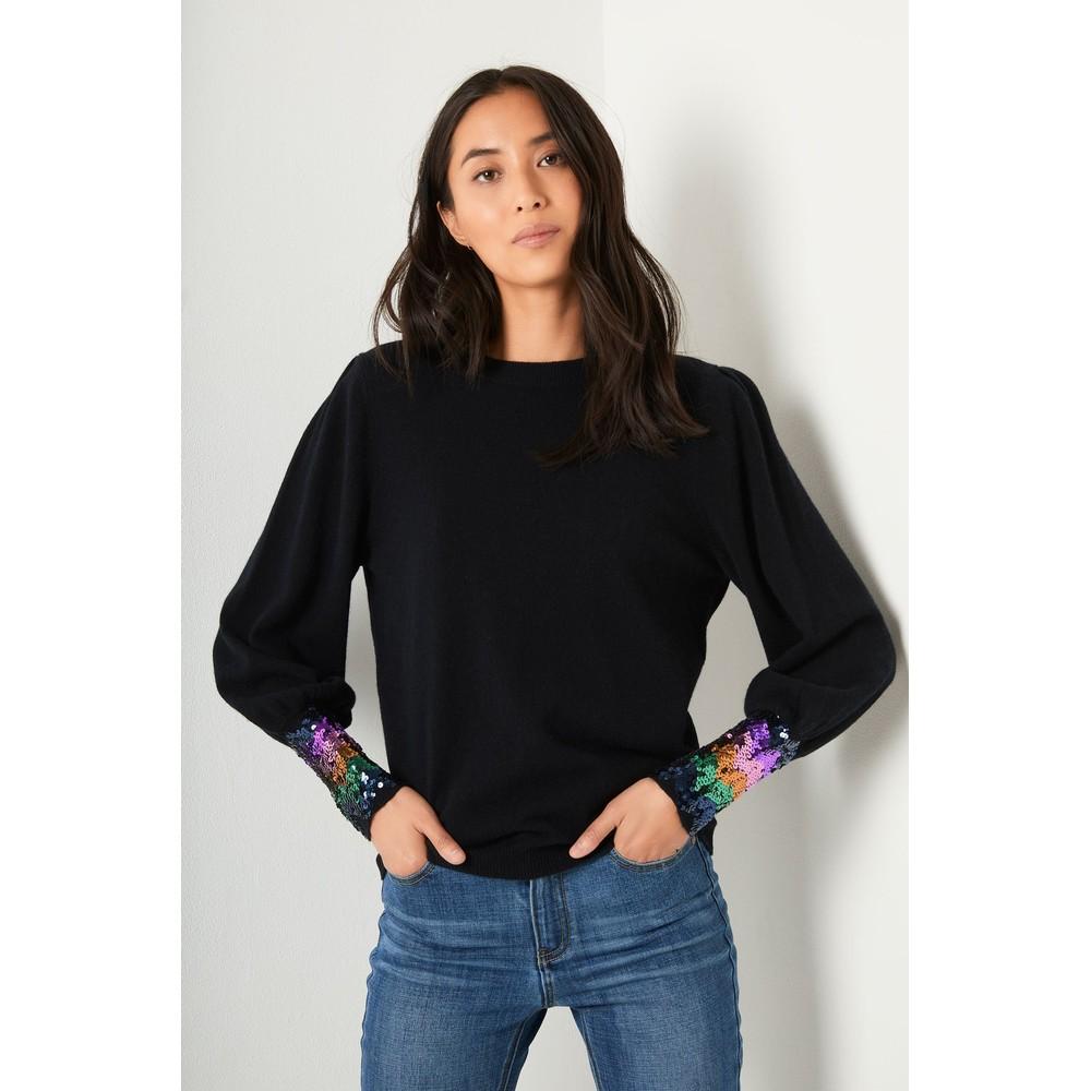 Wyse Fran Sequin Cuff in Black Black