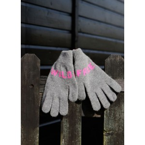 Quinton Chadwick Wild Free Gloves in Grey and Fluro Pink