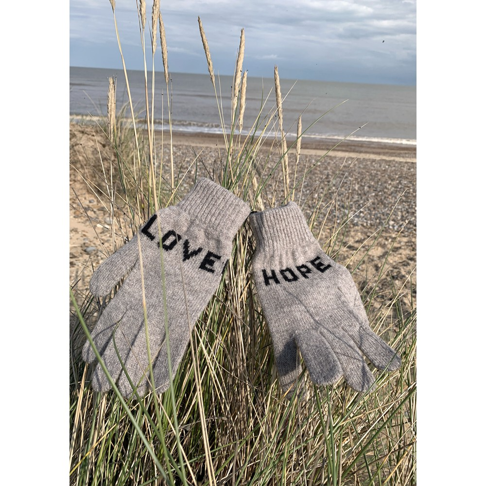 Quinton Chadwick Love Hope Gloves in Grey Grey
