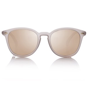 Le Specs Bandwagon Sunglasses in Syrup Tort in Natural