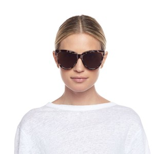 Le Specs Liar Lair Sunglasses in Volcanic Tort