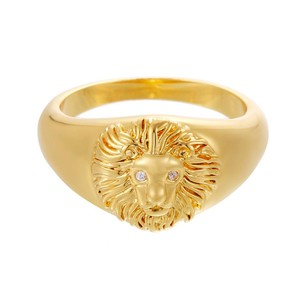Celeste Starre Venetian Queen Ring