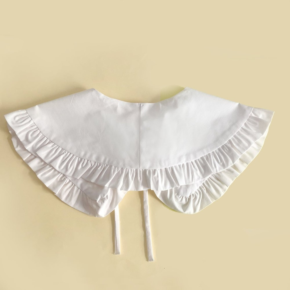 KatieAndJo Wide White Cotton Frill Collar White