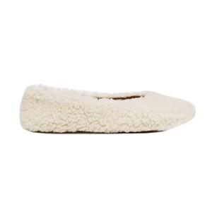 Flattered Nina Teddy Shoes in Cream