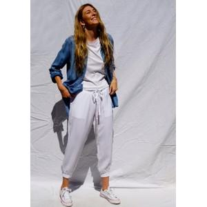 Bella Dahl Easy Jogger in White
