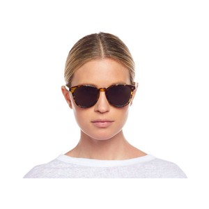 Le Specs Bandwagon Sunglasses in Syrup Tort