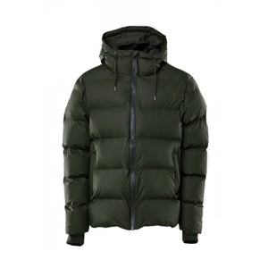 Rains Puffer Jacket in Black in Green