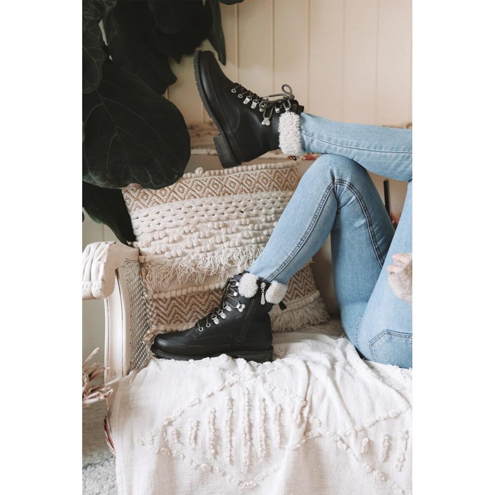 Emu Australia Okab Boots in Black Black